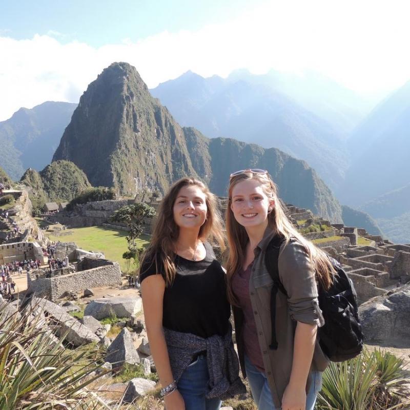 Jordana B in Peru